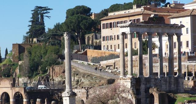 The most ancient and majestic sign of civilization of the ancient Romans to discover the Best Western Blu Hotel Roma.