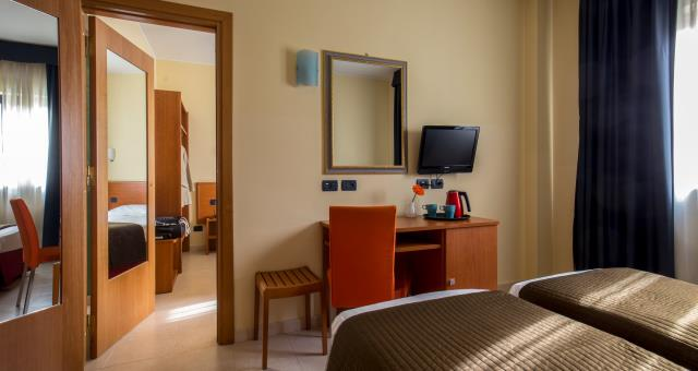 Best Western Blue Hotel Roma Connecting Rooms